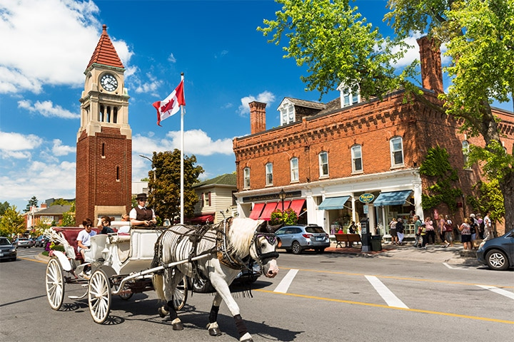 Drive Through Historic Town of Niagara on the Lake