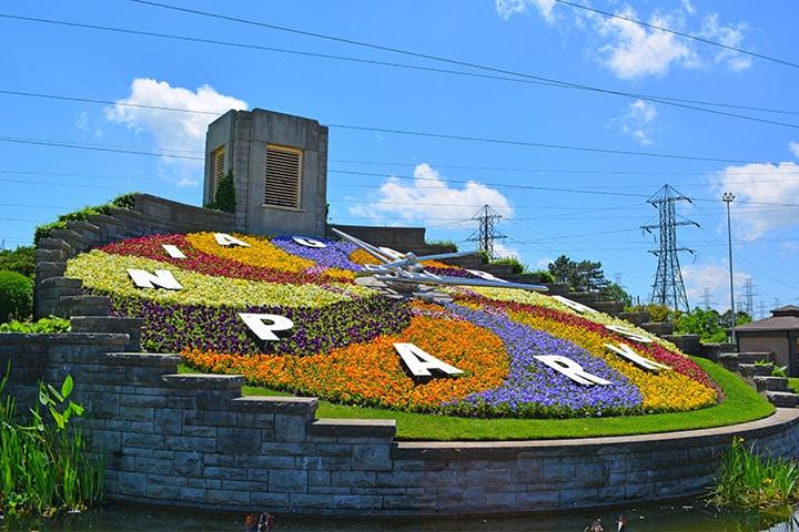 Photo Stop at Niagara Parks Floral Clock