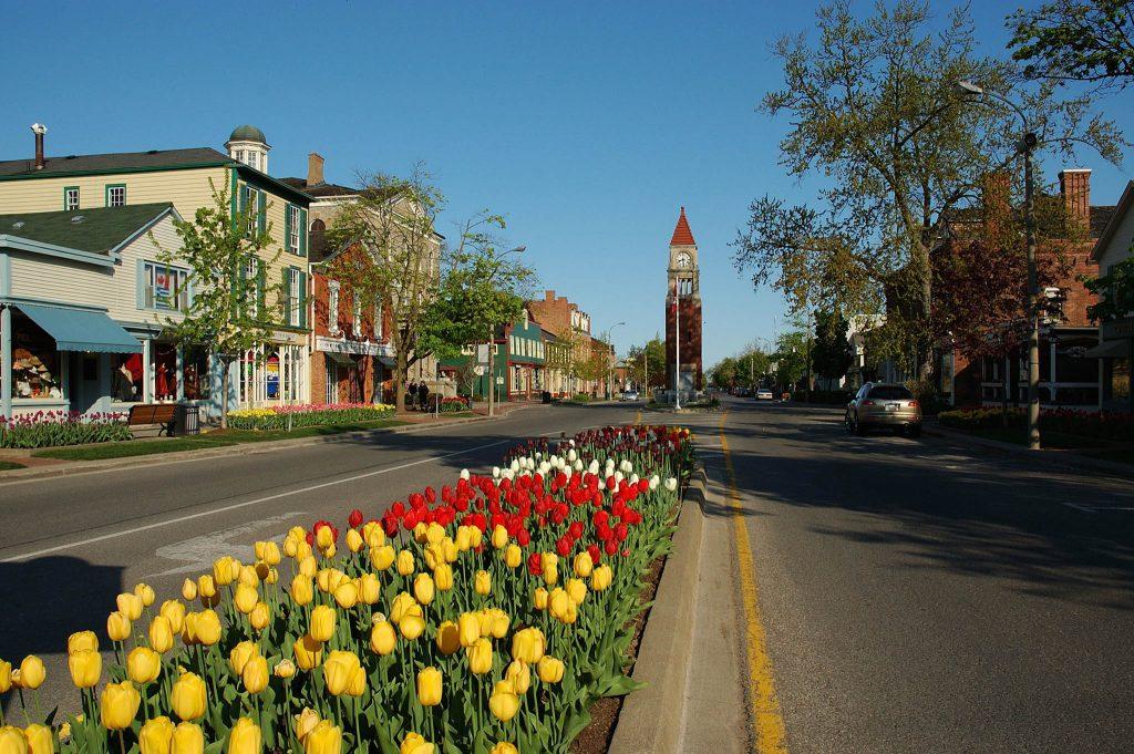 Queen Street, Niagara on the Lake, Spring