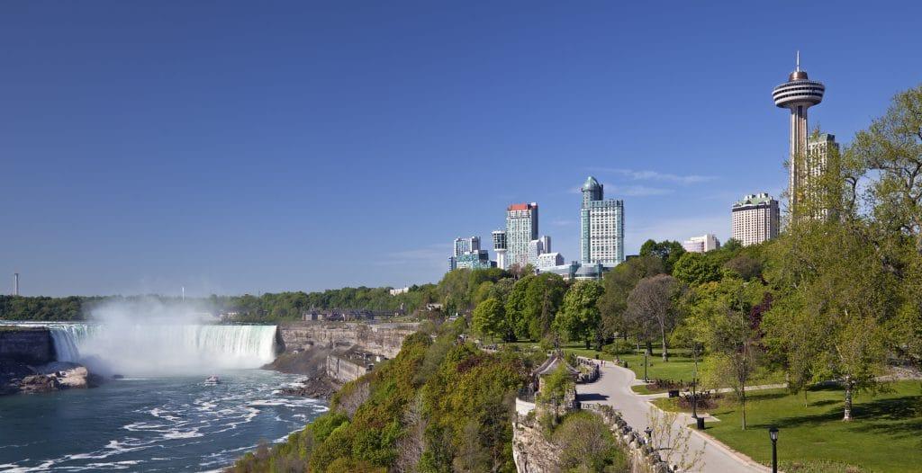 Horseshoe Falls and Niagara City, Canada